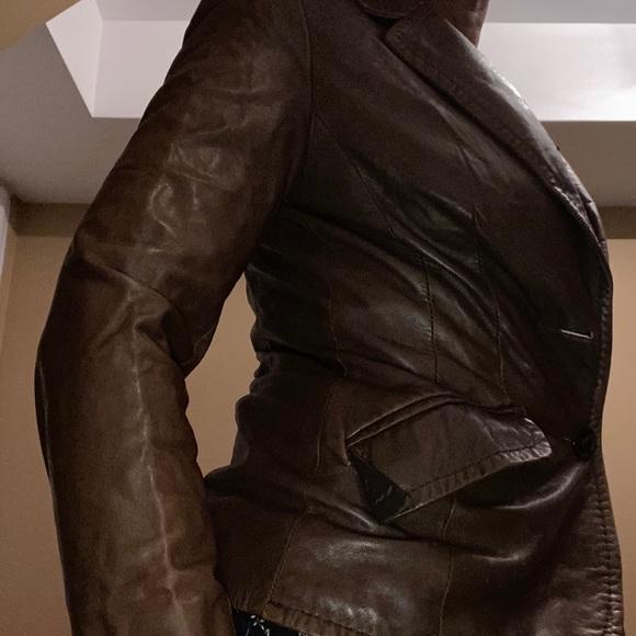 Danier brown leather blazer